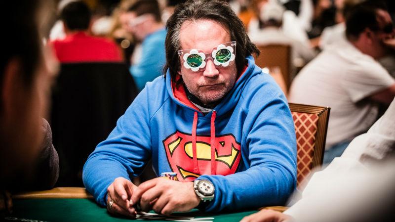 796ef65c292 Så hvad nu hvis poker var dit arbejde? Ville dit tøjvalg resulterer i et  par ekstra vundne big blinds per time?